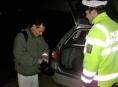 Jesenická policie rozdávala chodcům reflexní pásky