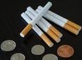 Stánkoví prodejci cigaret nás pořádně šidí, zjistila ČOI