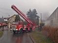 Jednotky českých a polských hasičů likvidovaly oheň v Javorníku