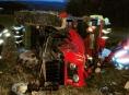 AKTUALIZOVÁNO!Hasiči u Bouzova vyprošťovali dva traktoristy