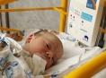 Dech novorozenců v olomoucké porodnici hlídají nové monitory