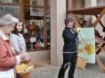 Prodej žlutého kvítku na Šumperku přinesl 167 tisíc korun