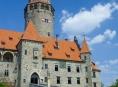 Nasvícení hradu Bouzov