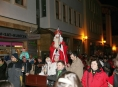 Mikulášský průvod v Šumperku přilákal do centra davy lidí