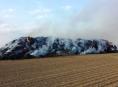 Žhář zapálil stoh pšeničné slámy na Mohelnicku
