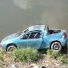 vyproštění vozidla z Bečvy    zdroj foto: HZS Ok