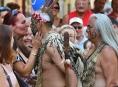 Roztančená ulice zahájila folklorní sobotu