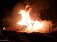 AKTUALIZOVÁNO:Hořelo v Mostkově. Plameny bylo vidět několik kilometrů!