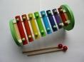 Nebezpečný dětský xylofon byl nahlášen do systému Rapex