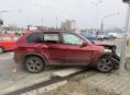 """Policie hledá svědky nehody """"bavoráku"""" v Šumperku"""