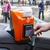 Cestující na Jesenicku mohou využívat bezkontaktní platební karty i v autobusech     zdroj foto: Olk.