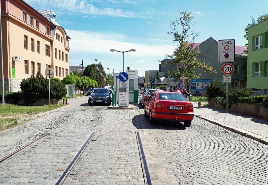 Fakultní nemocnice Olomouc testuje nový vjezdový a parkovací systém zdroj foto: FN OL