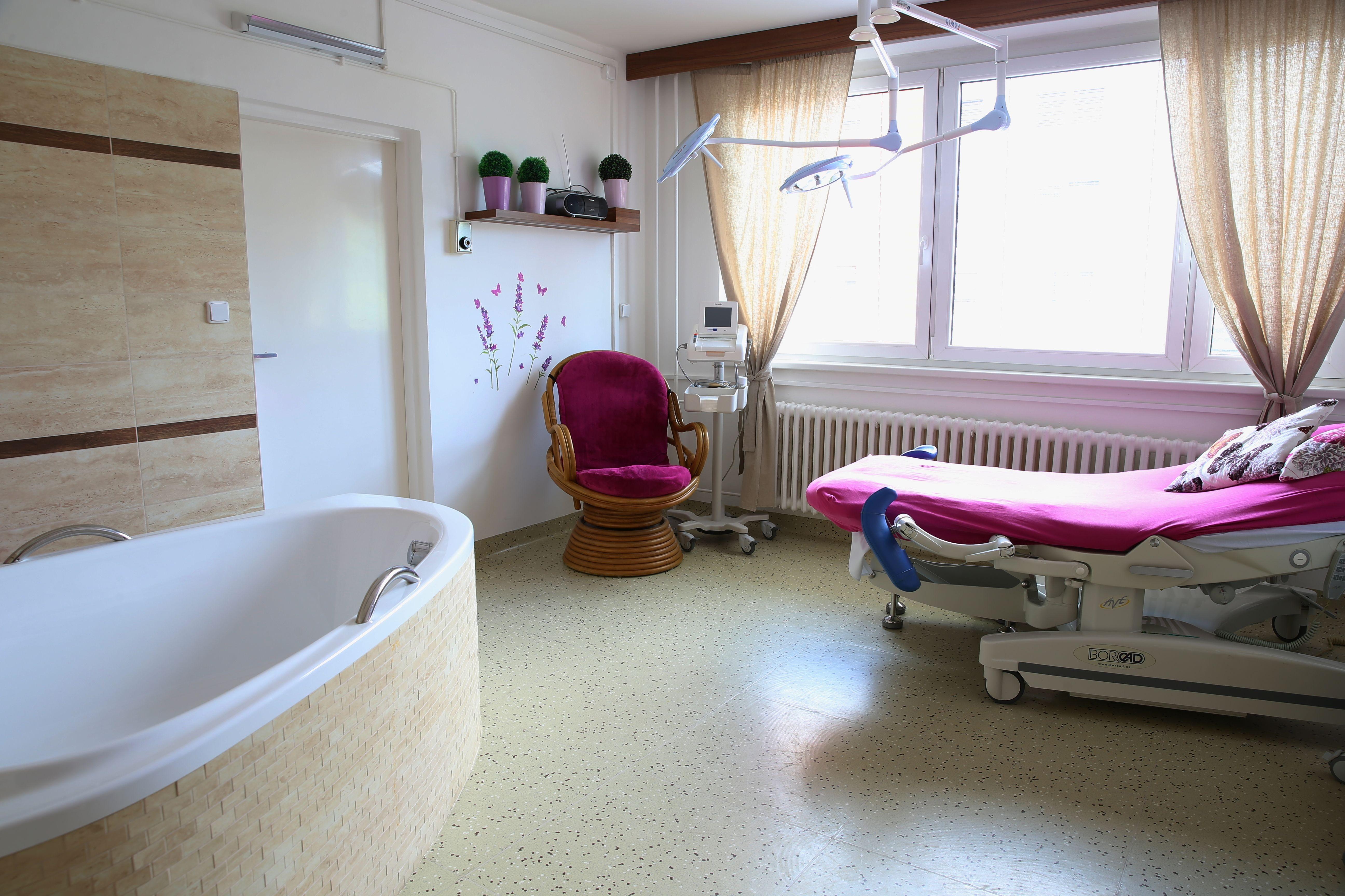NŠ - interiér porodnice foto: M. Jeřábek - archiv šumpersko.net