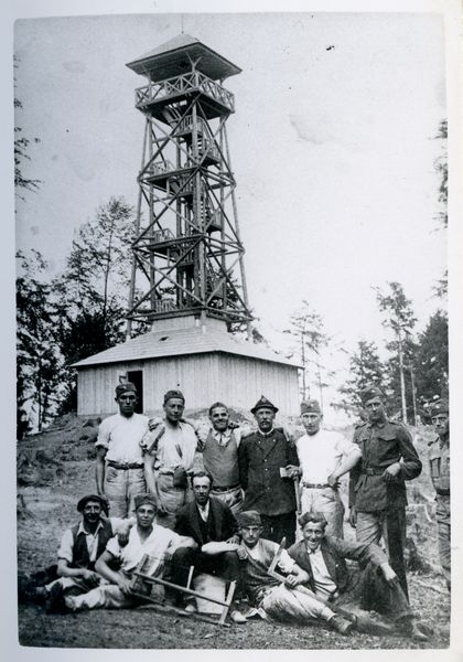 Budovatelé rozhledny na Háji zdroj foto:MSV