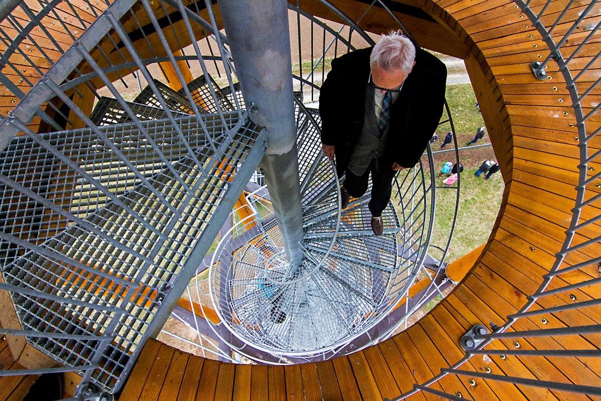 Kopaninka - turisty dělí od jedinečné vyhlídky třiaosmdesát schodů zdroj foto: OLK