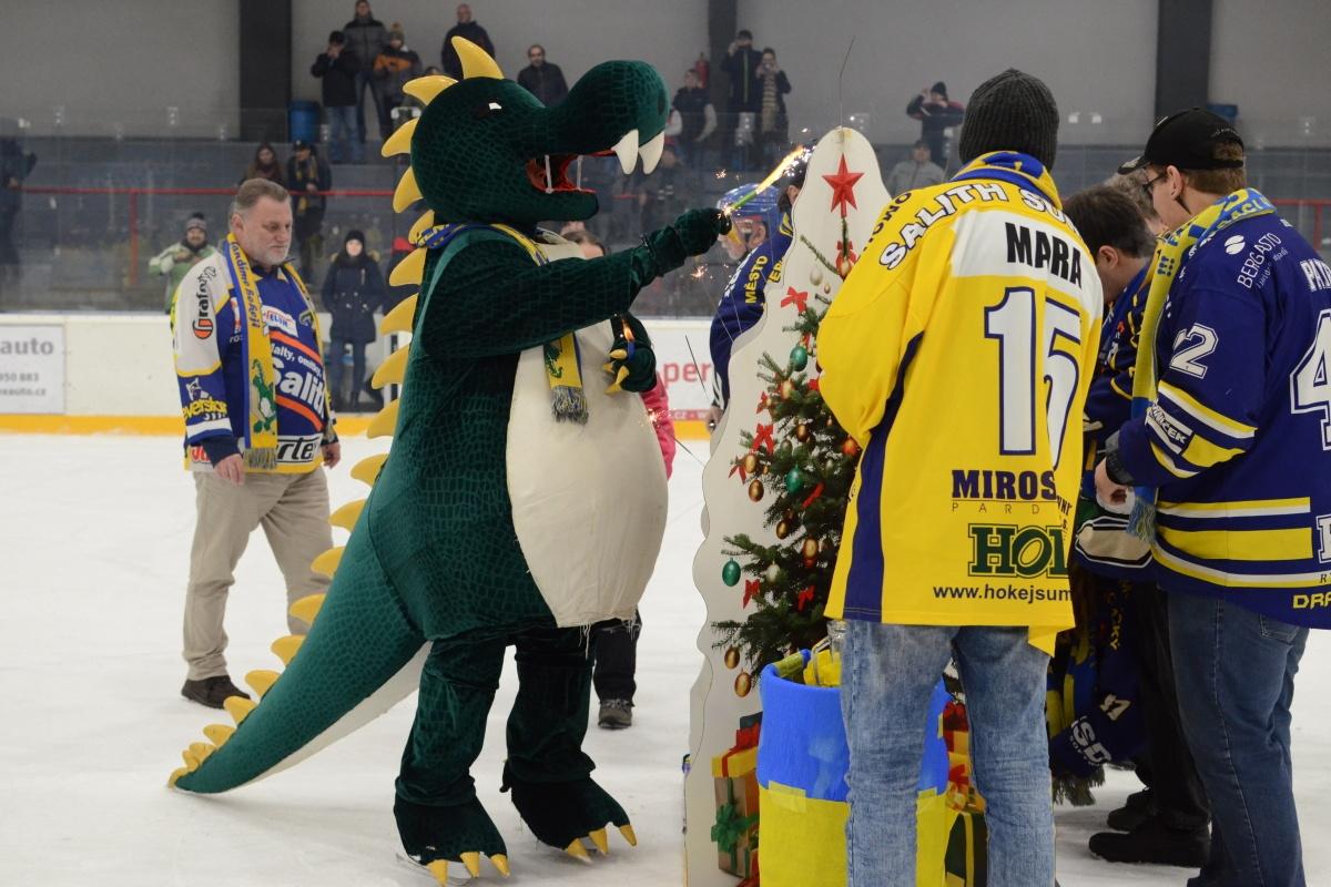 Draci Šumperk vs IHC Písek zdroj foto: Draci Šumperk - Věra Václavková