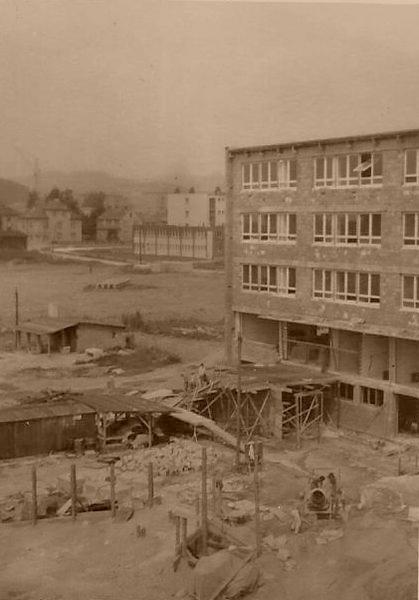 ZŠ - stavba foto: archiv