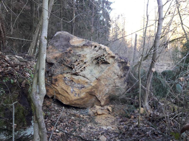 NPP Peklo - skalní zával zdroj foto: LČR