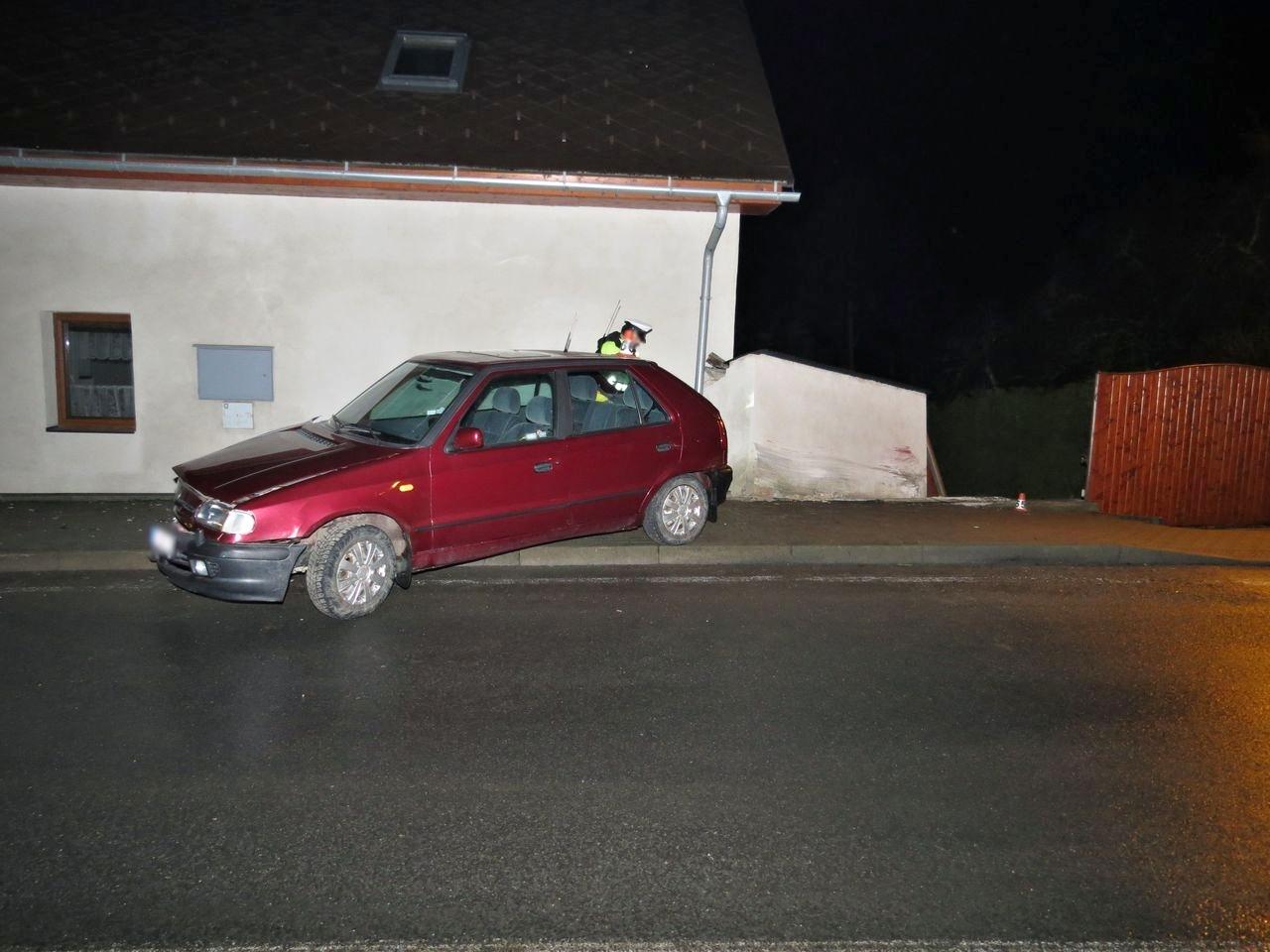 havárie vozidla v Dubicku zdroj foto: PČR