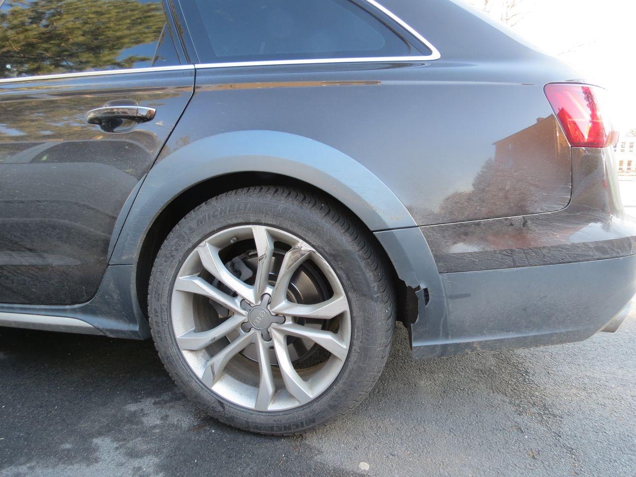poškozené vozidlo Audi zdroj foto: PČR