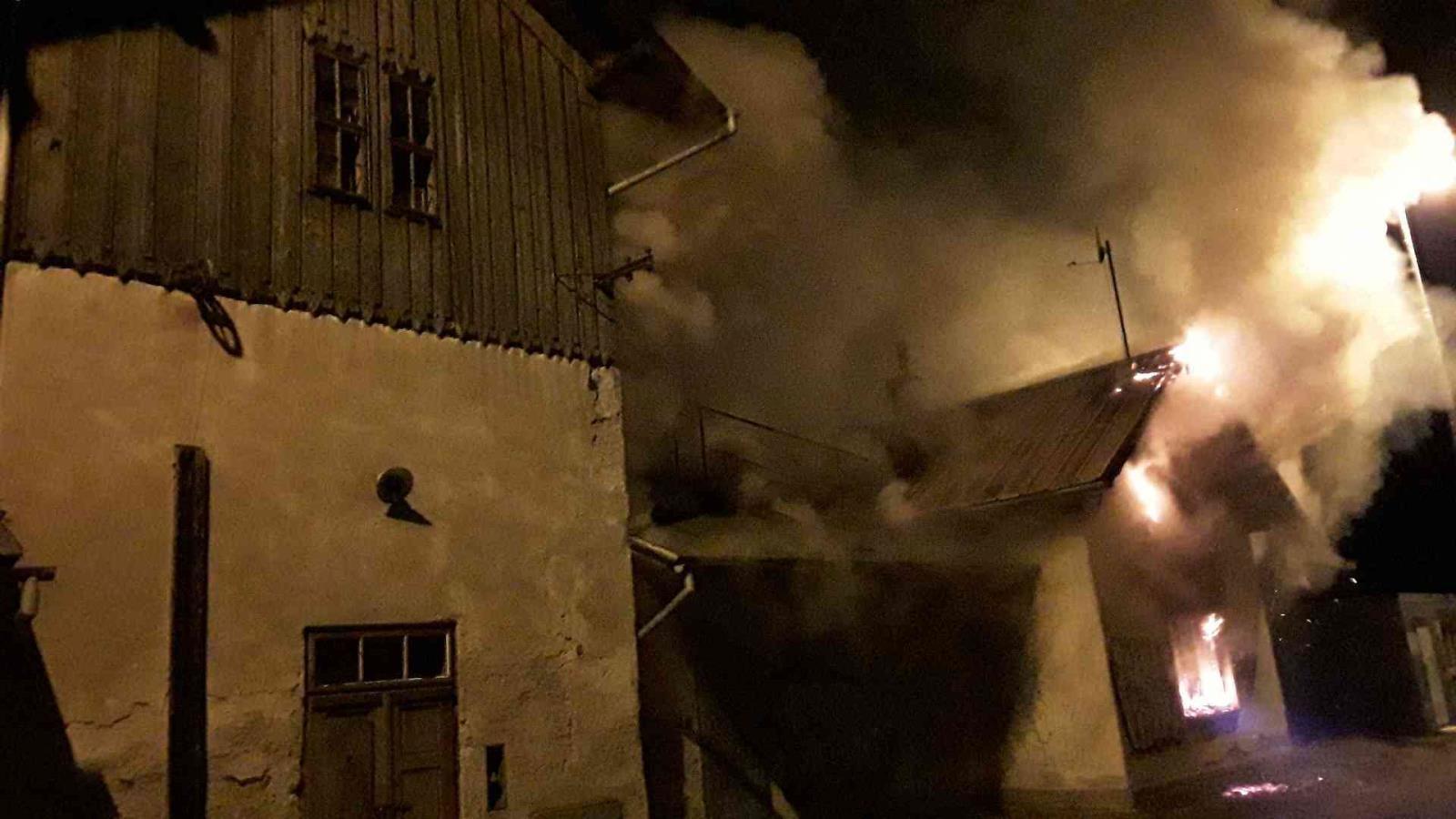 požár nádražního objektu zdroj foto: HZS OLK