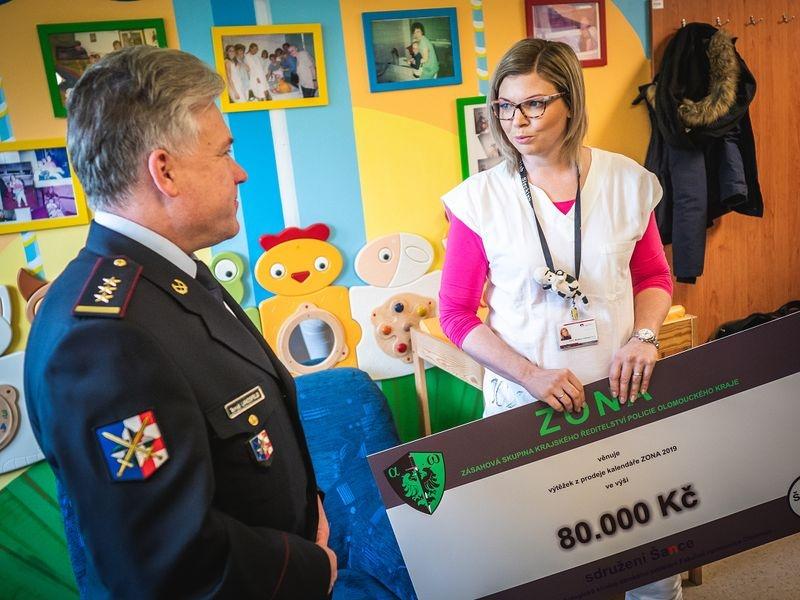 Olomouc - předání obnosu foto: Vít Kocián