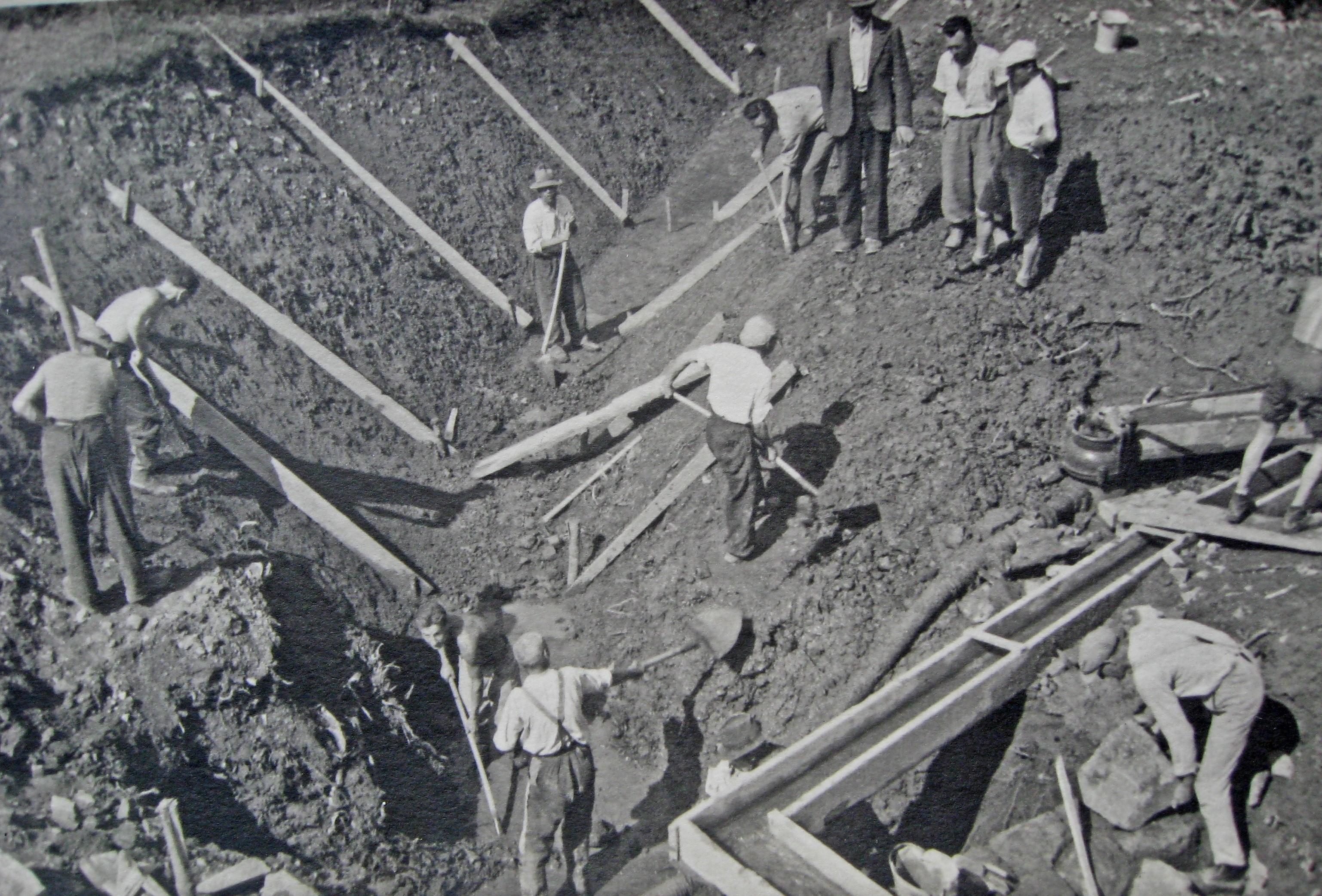 Ze stavby dálnice u Lensedel (1940). zdroj foto: MS