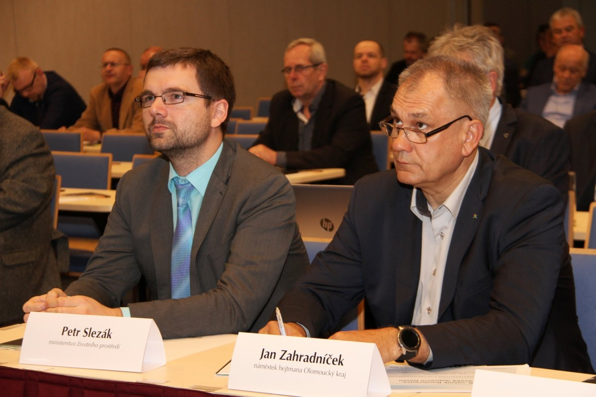 Beze změny stavebního zákona nebude možné urychlit budování strategických dopravních staveb zdroj foto:OLK