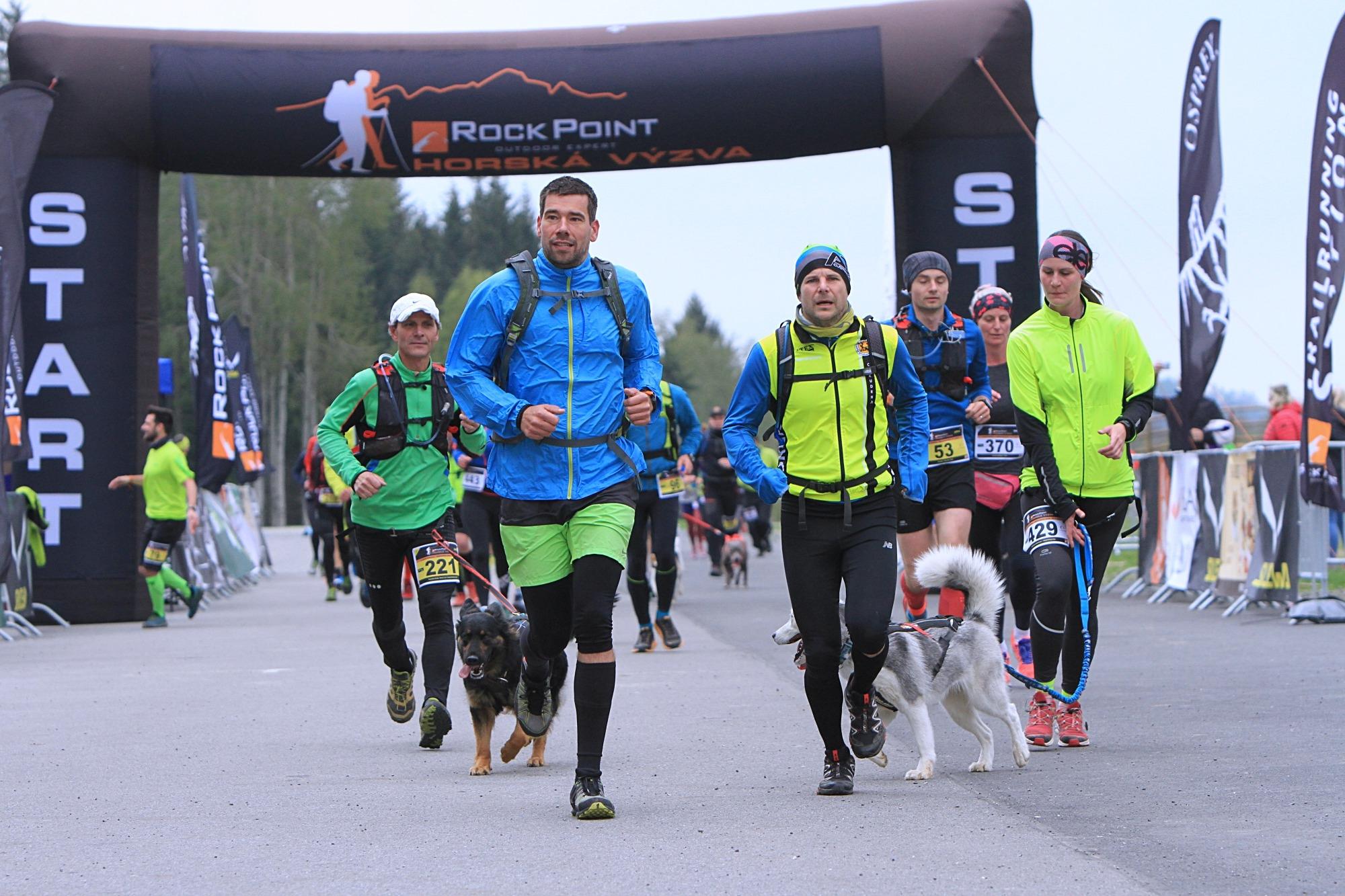start závodu ve Vysočina aréně foto:P. Pátek PatRESS.cz