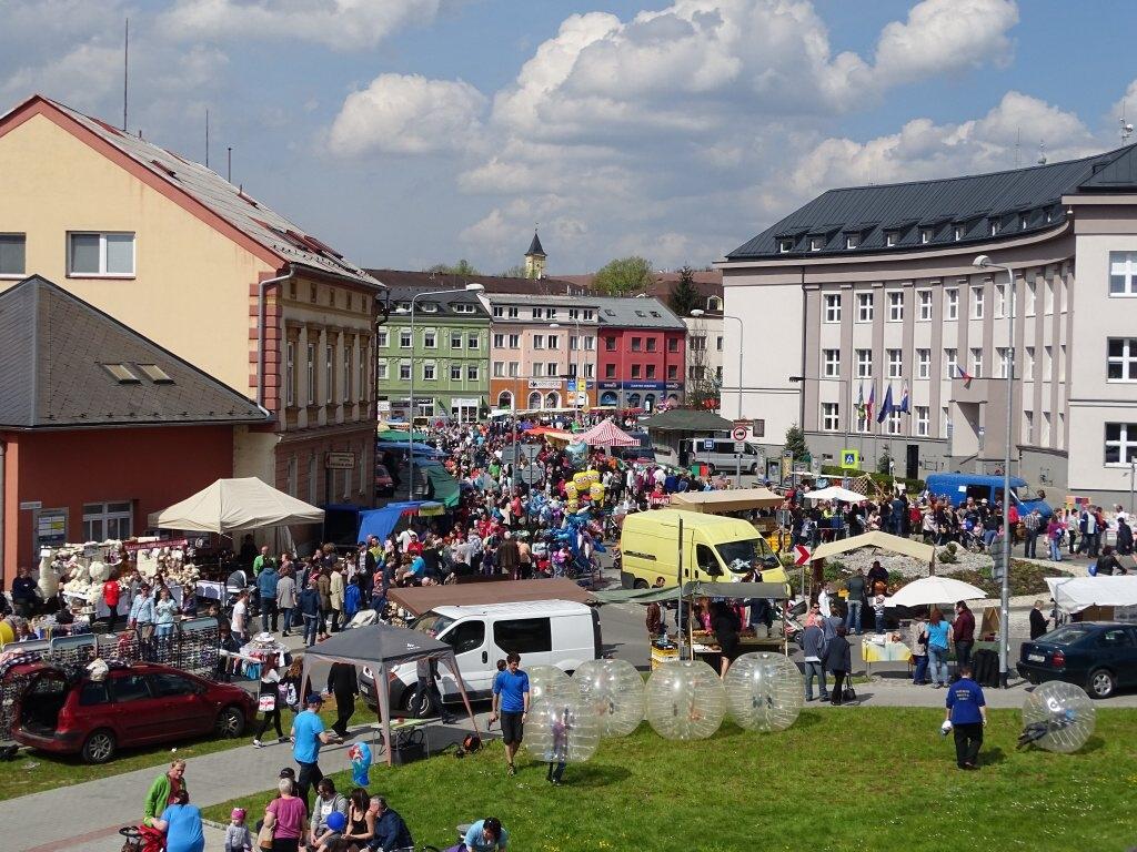 Zábřeh - májový jarmark zdroj foto: z.k.