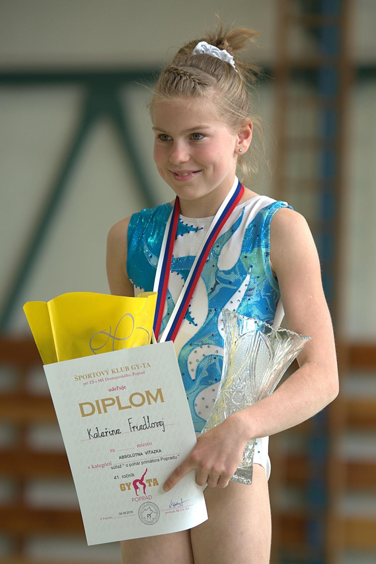 absolutní vítězka závodu Kateřina Friedlová zdroj foto: oddíl GK Šumperk