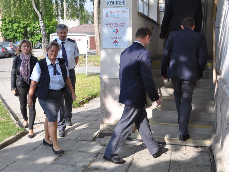 Šumperští celníci darovali krev i krevní plazmu zdroj foto: Celní úřad pro Olk.