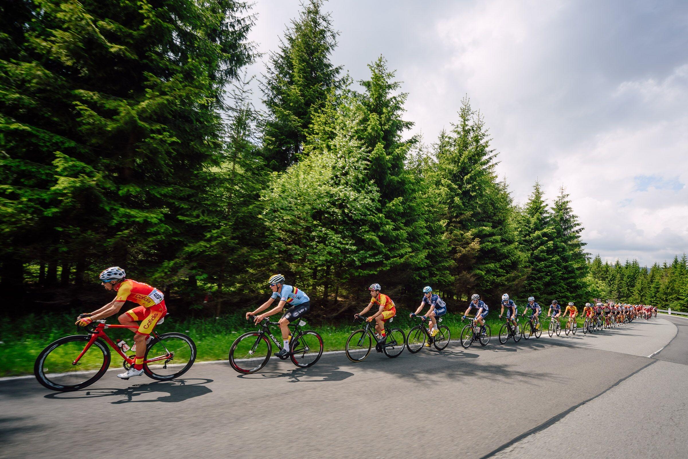 Etapa na Závodě míru U23 foto Jan Brychta / Závod míru U23 - jesenická cyklistika