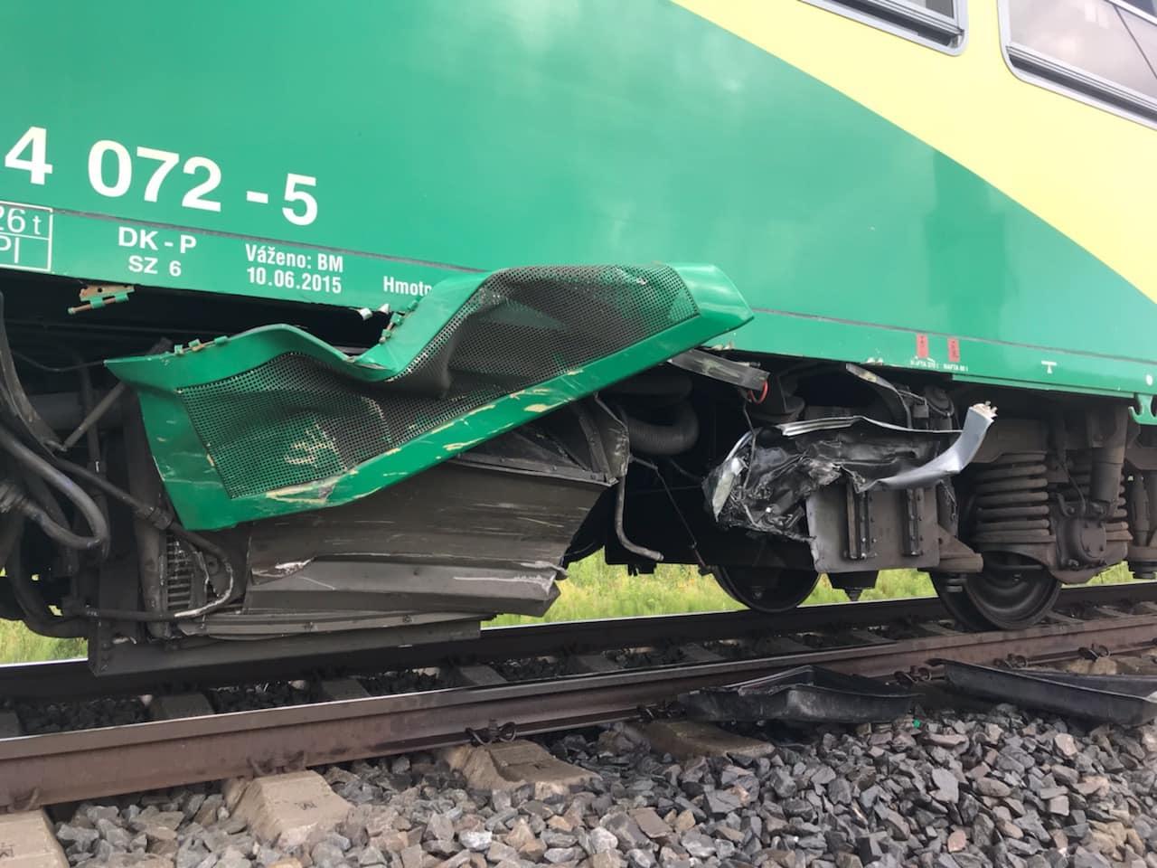 nehoda na železničním přejezdu mezi Šumperkem a Bludovem zdroj foto: HZS OLK
