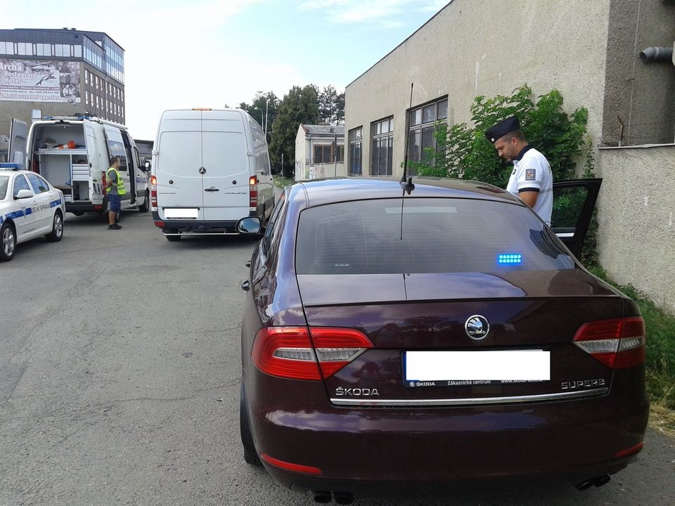 vážení zdroj foto: PČR