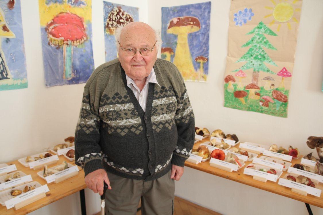 Výstava hub 2019 - profesor Bronislav Hlůza foto: sumpersko.net
