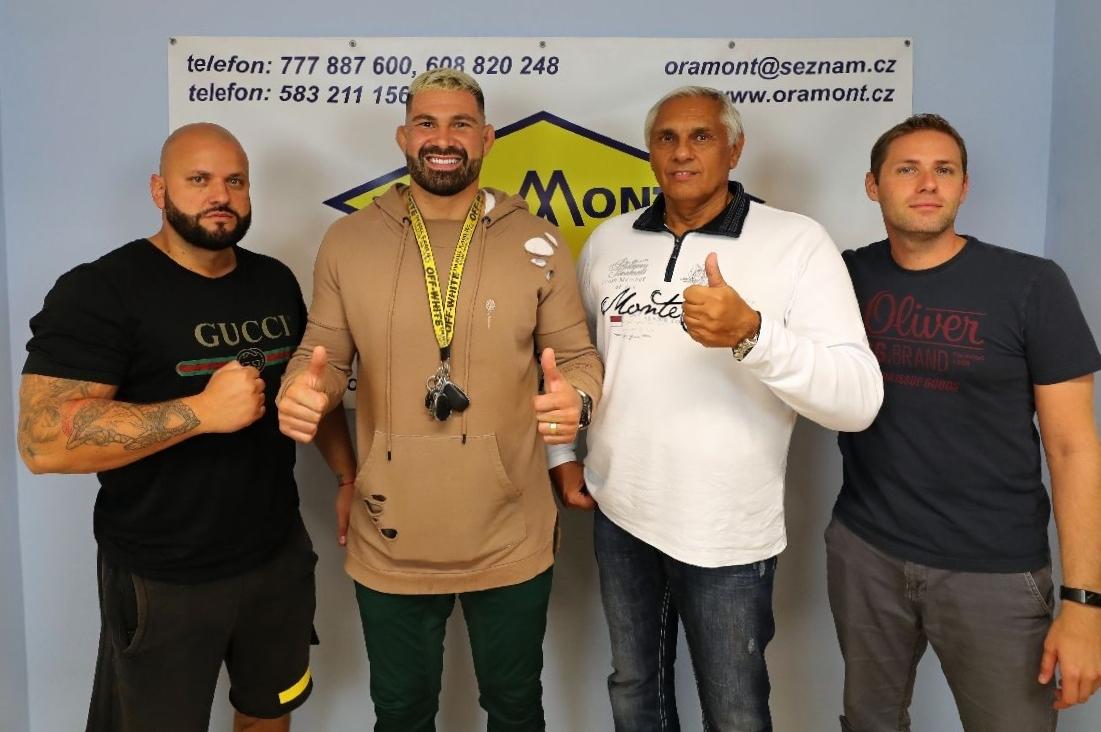 Bojovník MMA Attila Végh navštívil Šumpersko foto: šumpersko.net - M. Jeřábek