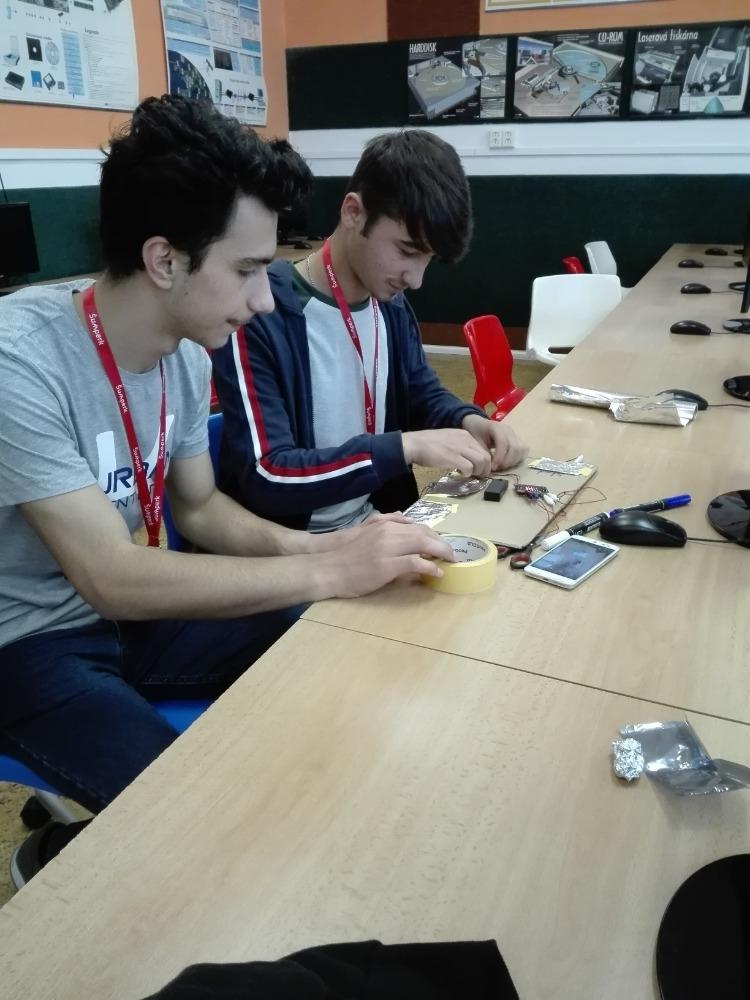 workshop ICT zdroj foto: škola