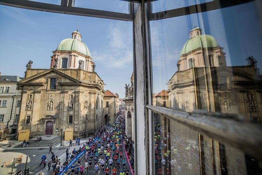 Praha - half maraton 2019 zdroj foto: RunCzech