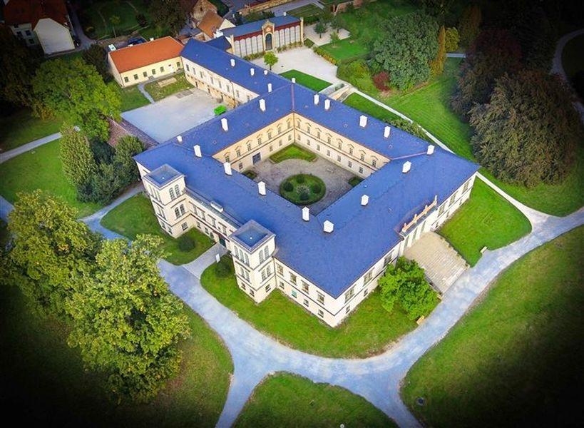 Znovuotevření zámeckého areálu v Čechách pod Kosířem zdroj foto: VMO