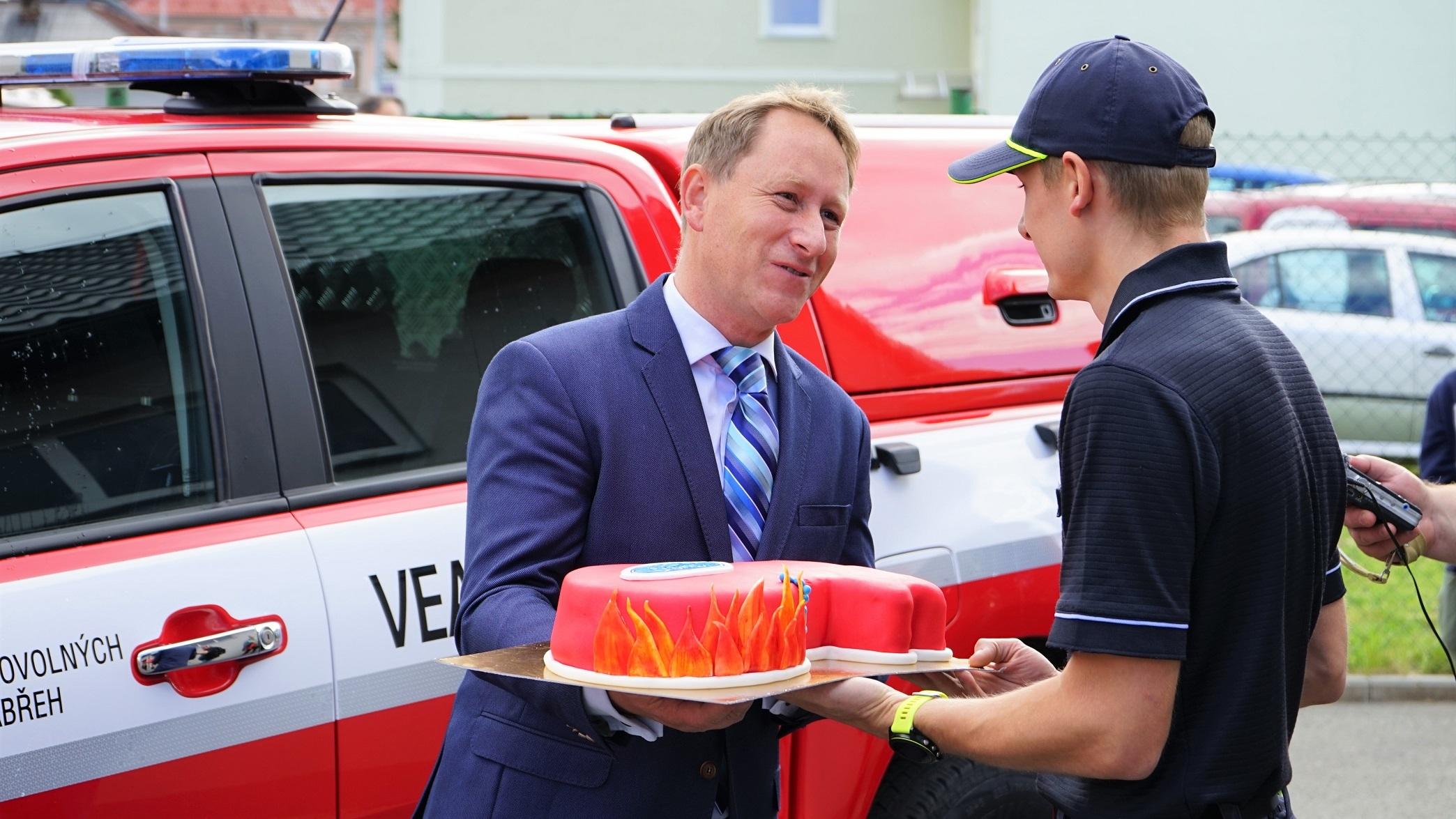 Zábřeh - předání vozidla zdroj foto:muz