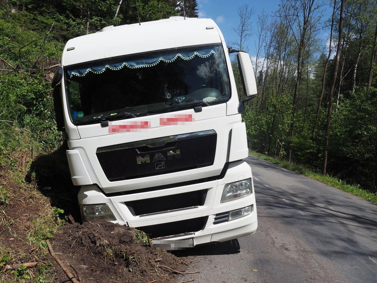 Havárie u Malé Moravy zdroj foto: PČR