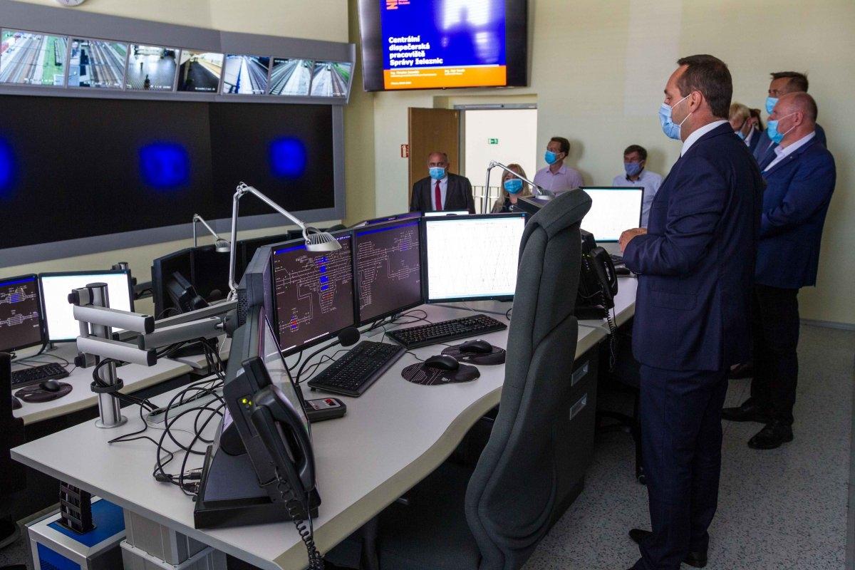Hejtman s ministrem řešili strategické stavby v Olomouckém kraji zdroj foto: OLK