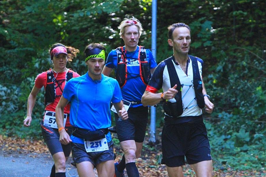 závodu se účastnila i běžecká legenda Standa Najvert (vpravo) zdroj foto: Patrik Pátek/PatRESS.cz