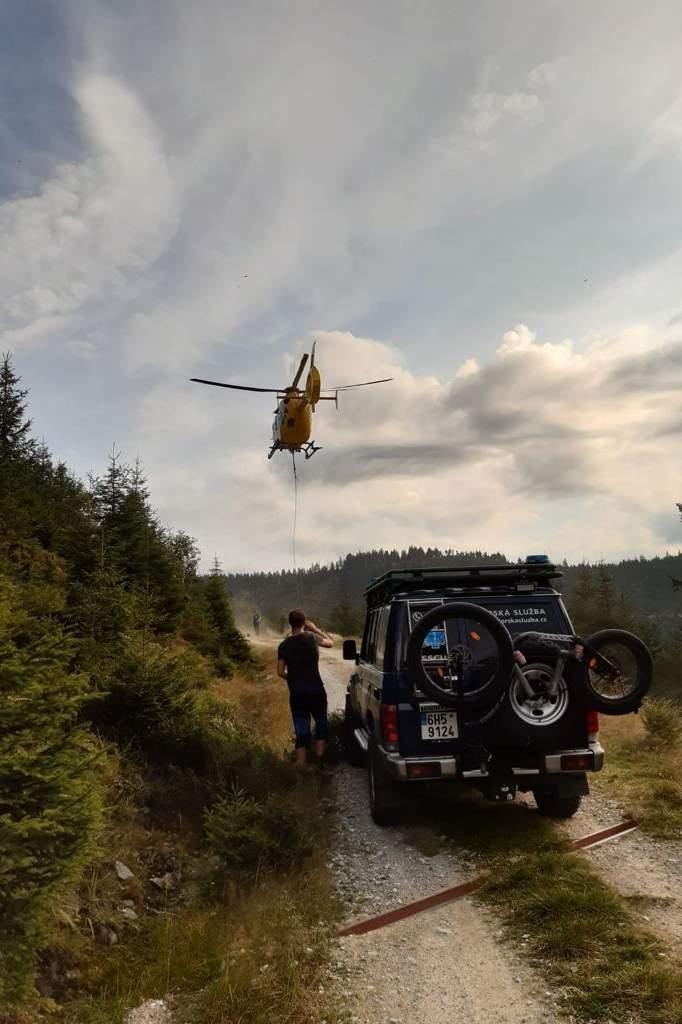 Vrtulník letěl čtyřikrát do Jeseníků k závažným případům zdroj foto: HS