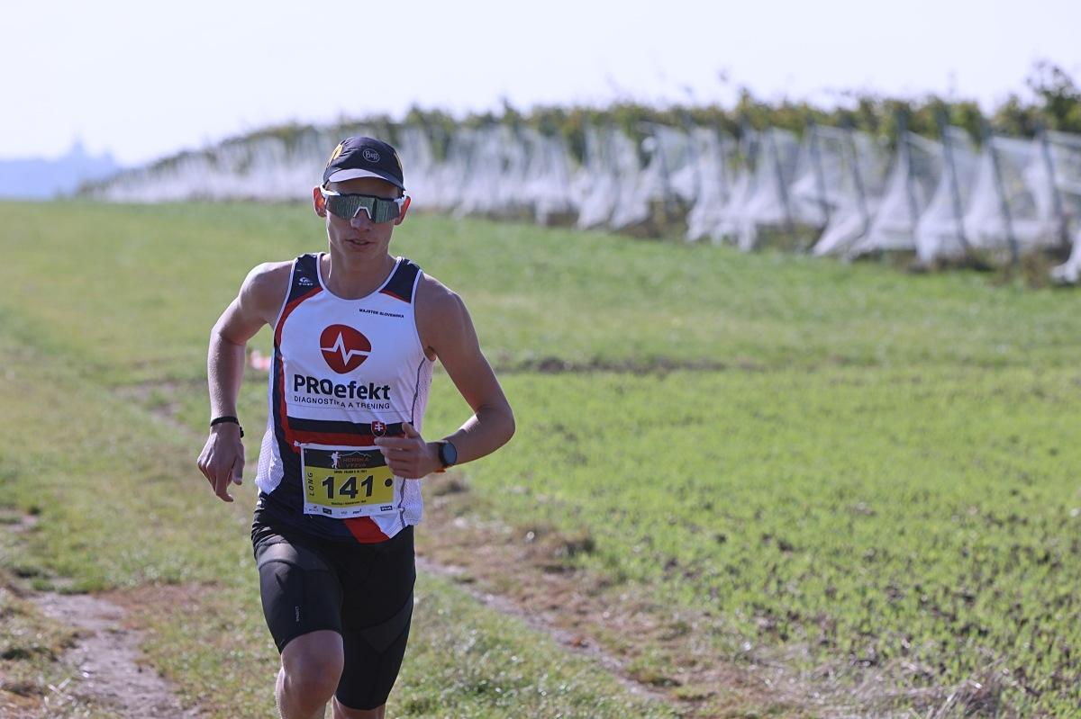 vítěz závodu Long Dávid Žigo zdroj foto: P. Pátek - PatRess